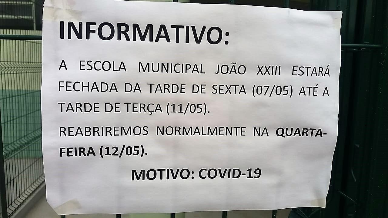 Escola Municipal João XXIII fechada por causa de contaminação pelo novo coronavírus.