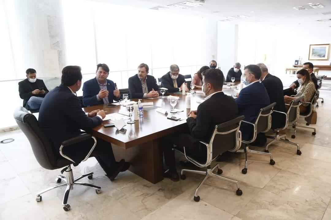 Reunião com governador Ratinho Junior, no Palácio Iguaçu