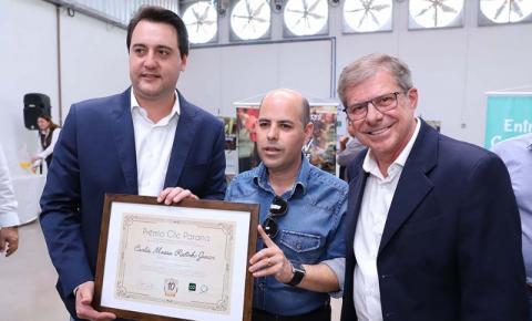 Governador Carlos Massa - Ratinho Junior,  recebeu hoje em Cascavel o prêmio Clic Paraná
