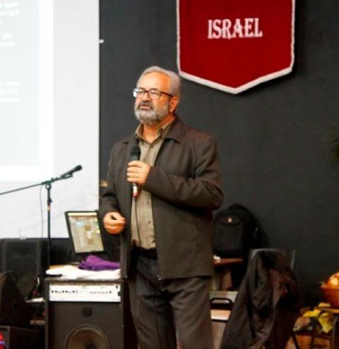 Doutor Edson Marques Oliveira ministra palestra aos Pastores da AME de Toledo-PR